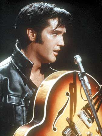 Elvis Presley: Rock'n Roll müziğin efsane adı Elvis Presley, liseyi bitirdikten sonra, elektrik teknisyeni olma düşleri kurarak kamyon şoförlüğü yapıyordu